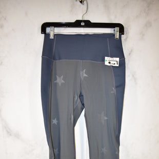 Primary Photo - BRAND: GAPFIT STYLE: ATHLETIC CAPRIS COLOR: GREY SIZE: M SKU: 186-186213-8509