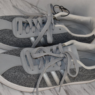 Primary Photo - BRAND: ADIDAS STYLE: SHOES ATHLETIC COLOR: GREY SIZE: 10 SKU: 186-186199-476