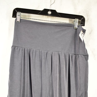 Primary Photo - BRAND: FREE PEOPLE STYLE: ATHLETIC SHORTS COLOR: GREY SIZE: XS SKU: 186-186217-5272