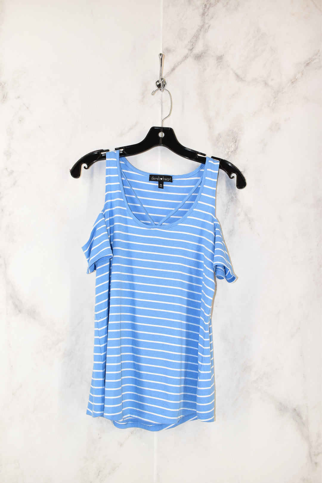 Primary Photo - BRAND: DEREK HEART <BR>STYLE: TOP SHORT SLEEVE <BR>COLOR: BLUE <BR>SIZE: M <BR>SKU: 186-186213-2986