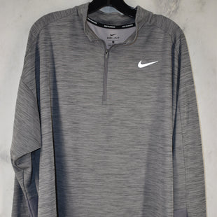 Primary Photo - BRAND: NIKE STYLE: ATHLETIC TOP COLOR: GREY SIZE: 2X SKU: 186-186106-10994