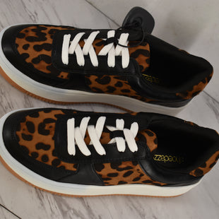 Primary Photo - BRAND: SHOEDAZZLE STYLE: SHOES ATHLETIC COLOR: ANIMAL PRINT SIZE: 8 OTHER INFO: NEW!! SKU: 186-186106-12281