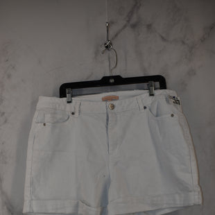 Primary Photo - BRAND: GIBSON AND LATIMER STYLE: SHORTS COLOR: WHITE SIZE: 16 SKU: 186-186167-30682