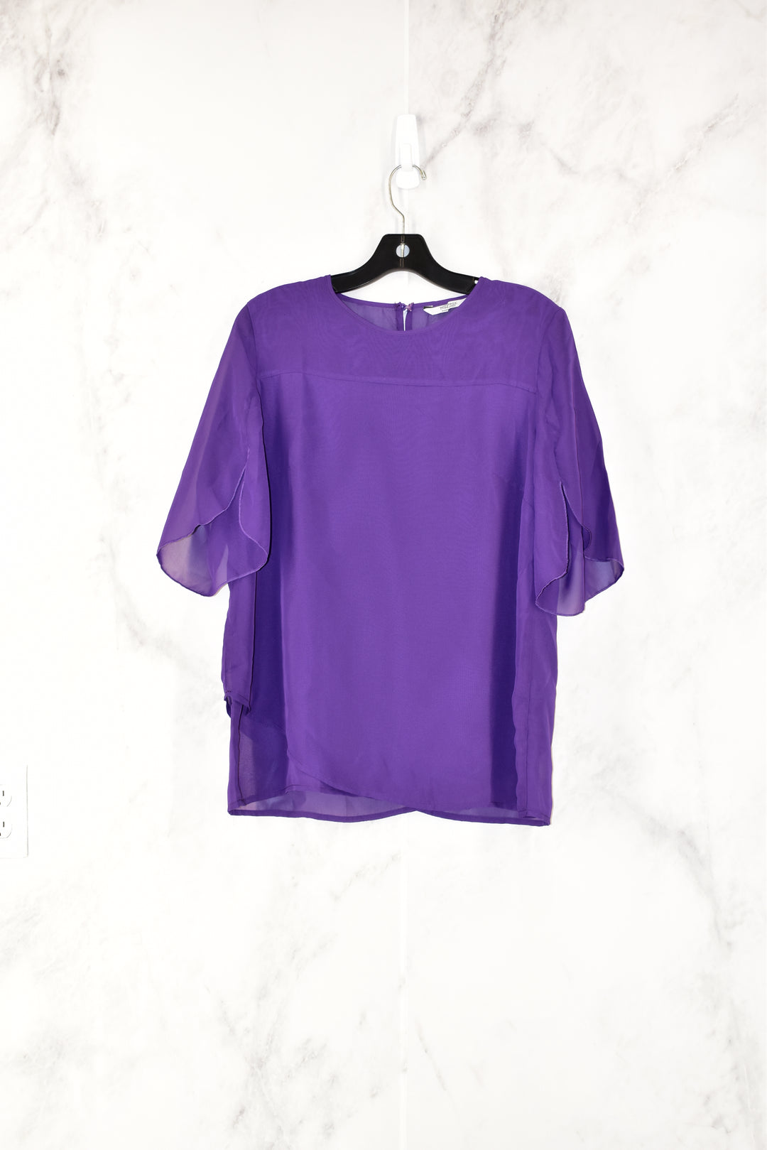 Primary Photo - BRAND:    CLOTHES MENTOR<BR>STYLE: TOP SHORT SLEEVE<BR>COLOR: PURPLE<BR>SIZE: M<BR>OTHER INFO: MEANEOR -<BR>SKU: 186-186106-7199