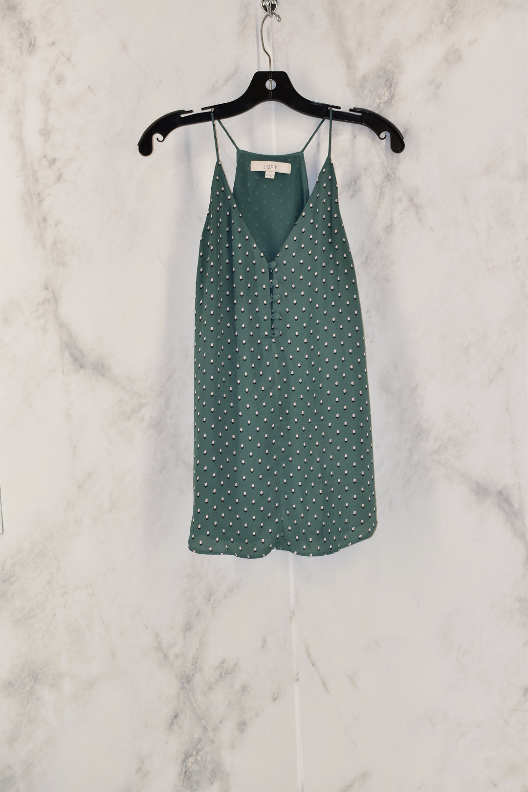 Primary Photo - BRAND: ANN TAYLOR LOFT<BR>STYLE: TOP SLEEVELESS<BR>COLOR: GREEN<BR>SIZE: XS<BR>SKU: 186-186104-12237