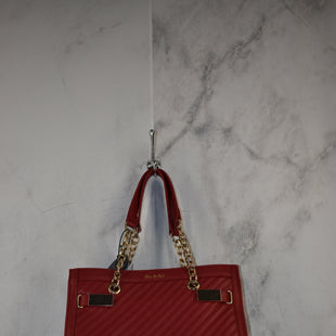 Primary Photo - BRAND:    CLOTHES MENTOR STYLE: HANDBAG COLOR: RED SIZE: LARGE OTHER INFO: HUE & ASH - SKU: 186-186217-7128