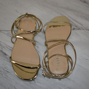 Primary Photo - BRAND: TORRID STYLE: SANDALS FLAT COLOR: GOLD SIZE: 6 SKU: 186-186167-30121