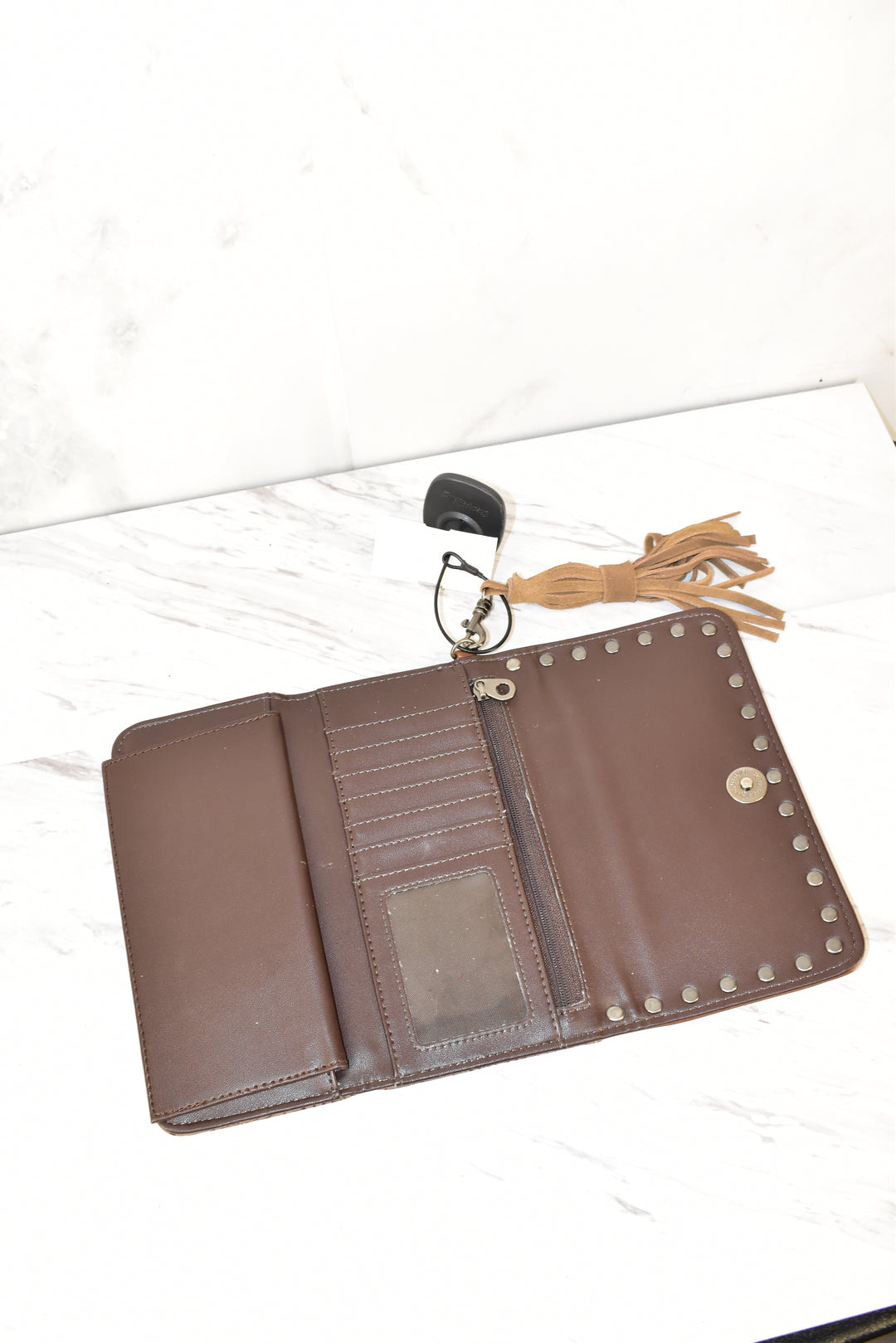 Photo #2 - BRAND:    CLOTHES MENTOR <BR>STYLE: WALLET <BR>COLOR: BROWN <BR>SIZE: LARGE <BR>SKU: 186-186217-143