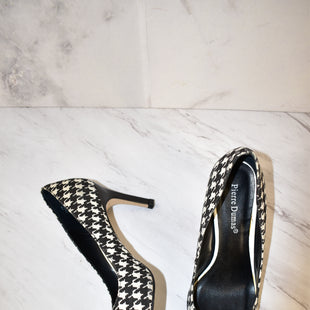 Primary Photo - BRAND: PIERRE DUMAS STYLE: SHOES HIGH HEEL COLOR: HOUNDSTOOTH SIZE: 7.5 SKU: 186-186167-27098