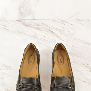 Primary Photo - BRAND: CLARKS STYLE: SHOES FLATS COLOR: BLACK SIZE: 6.5 SKU: 186-186200-1457