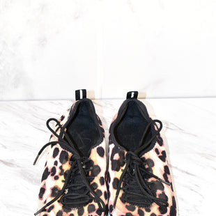 Primary Photo - BRAND: JESSICA SIMPSON STYLE: SHOES ATHLETIC COLOR: ANIMAL PRINT SIZE: 7.5 SKU: 186-186217-138
