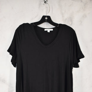 Primary Photo - BRAND: GREEN ENVELOPE STYLE: TOP SHORT SLEEVE COLOR: BLACK SIZE: 1X SKU: 186-186217-7134