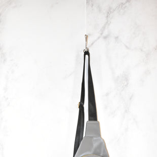 Primary Photo - BRAND:    CLOTHES MENTOR STYLE: BACKPACK COLOR: GREY SIZE: SMALL SKU: 186-186167-27724