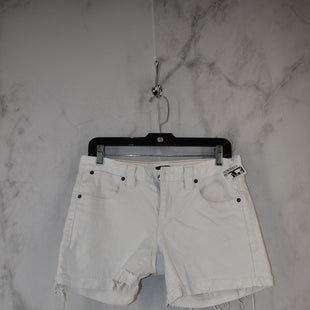 Primary Photo - BRAND: J CREW STYLE: SHORTS COLOR: WHITE SIZE: 4 SKU: 186-186217-7145