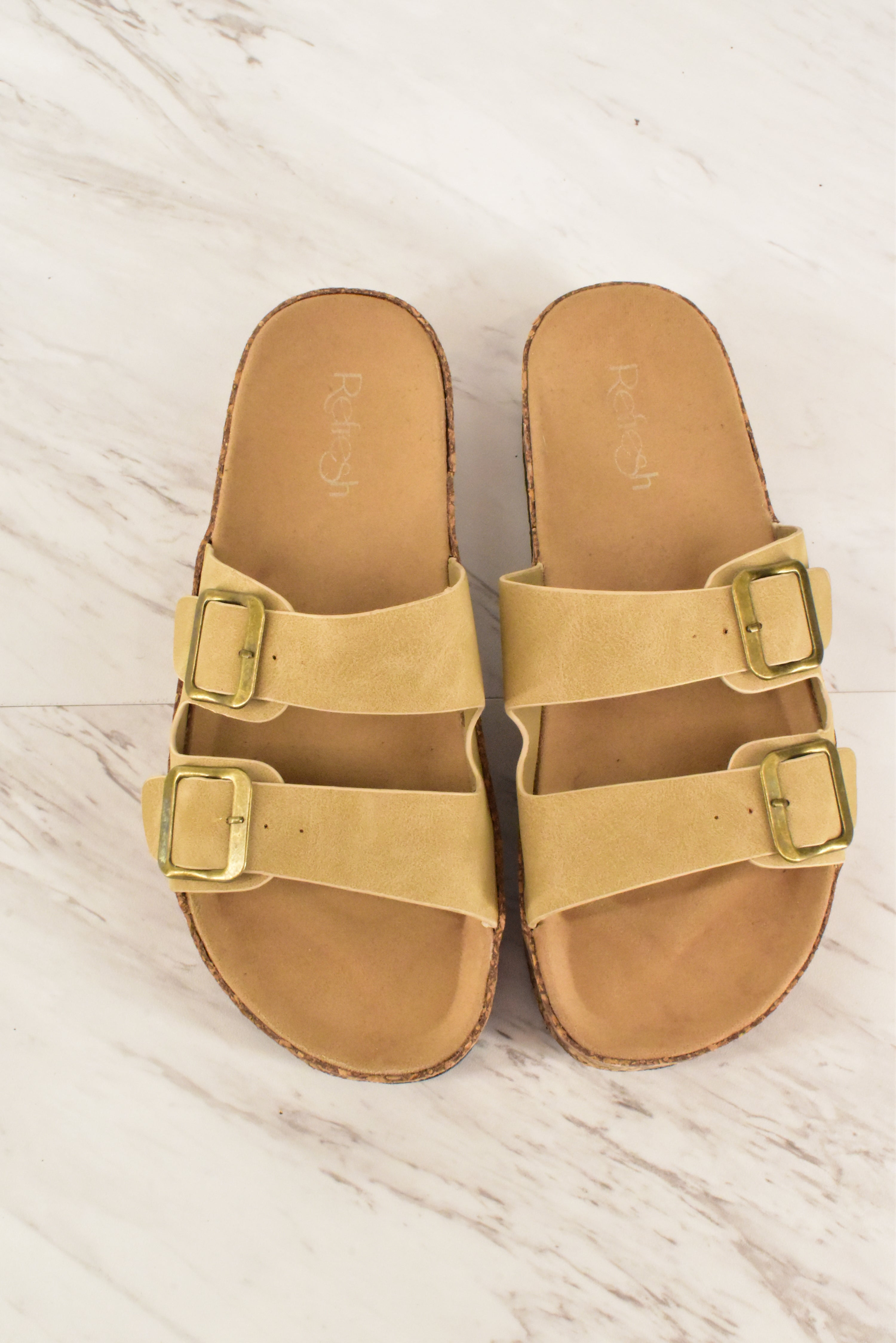 Primary Photo - BRAND: REFRESH <BR>STYLE: SANDALS FLAT <BR>COLOR: TAN <BR>SIZE: 8.5 <BR>SKU: 186-186213-3538