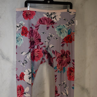 Primary Photo - BRAND: OLD NAVY STYLE: ATHLETIC PANTS COLOR: FLORAL SIZE: XXL SKU: 186-186199-464