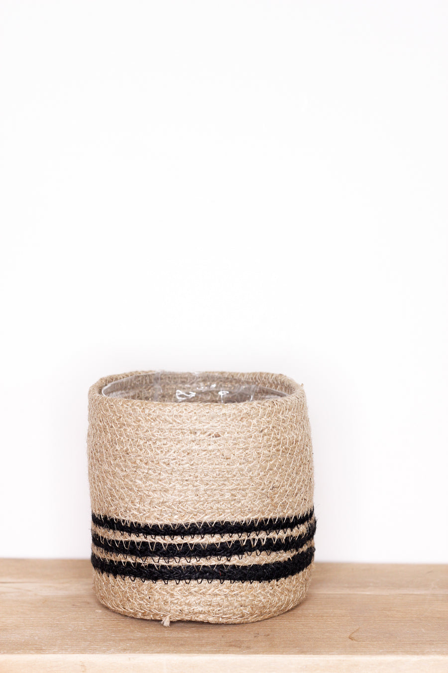 Stripe Lined Jute Pot