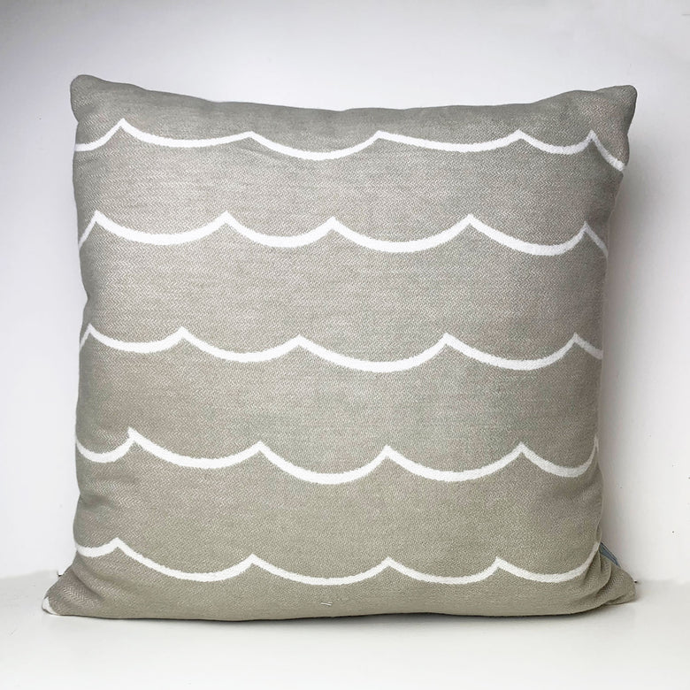 Organic cotton wave cushion - mushroom