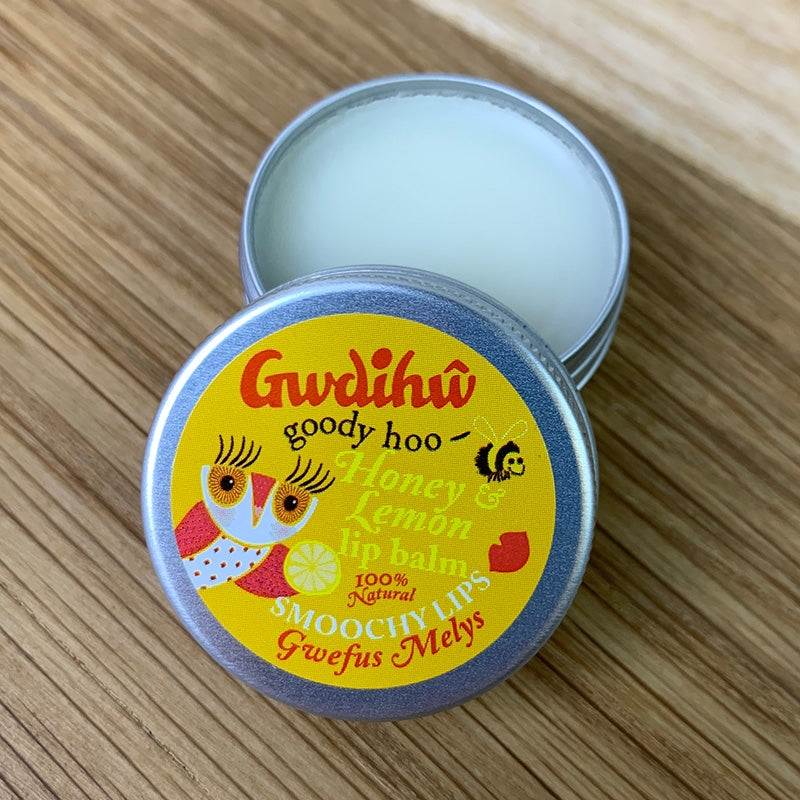 Gwdihw lip balm - honey and lemon