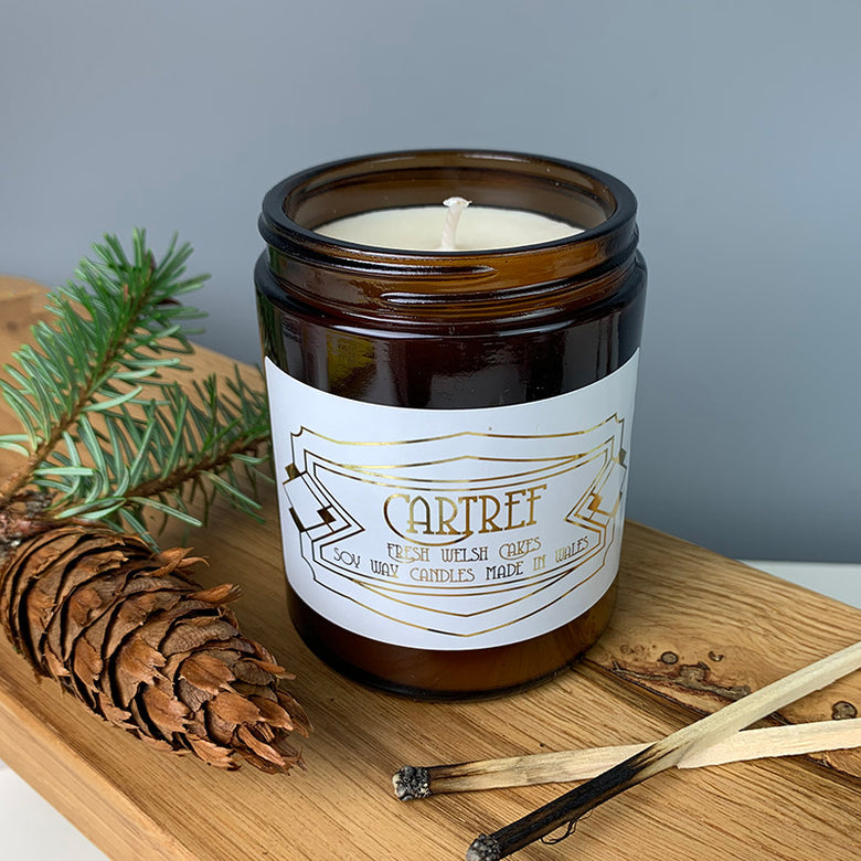 Cartref candle in a glass jar