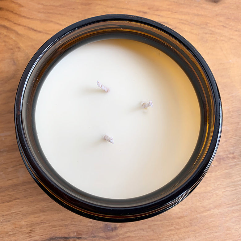 Cariad 3 wick candle in a glass jar