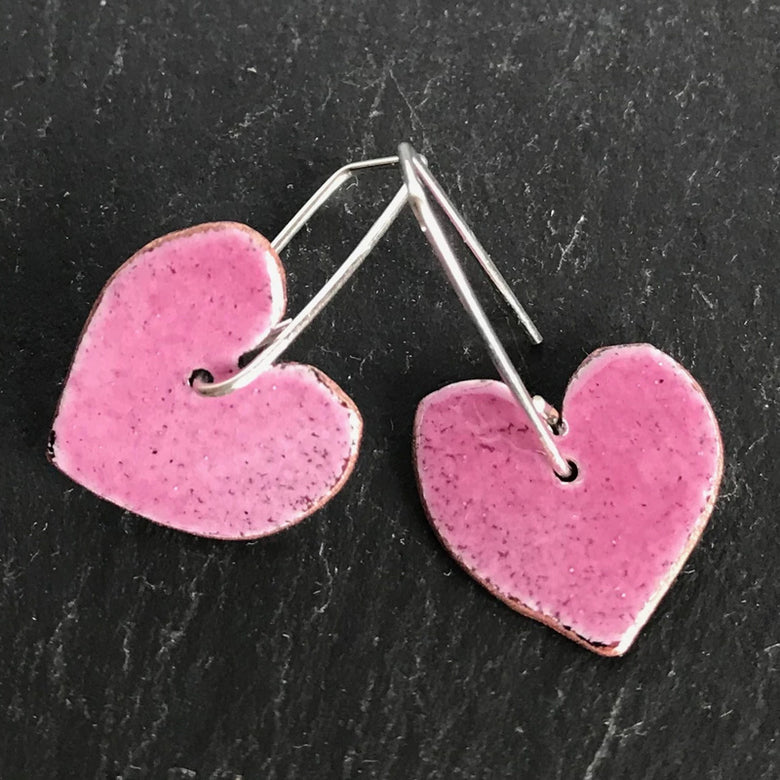 Enamel heart earrings - fuchsia