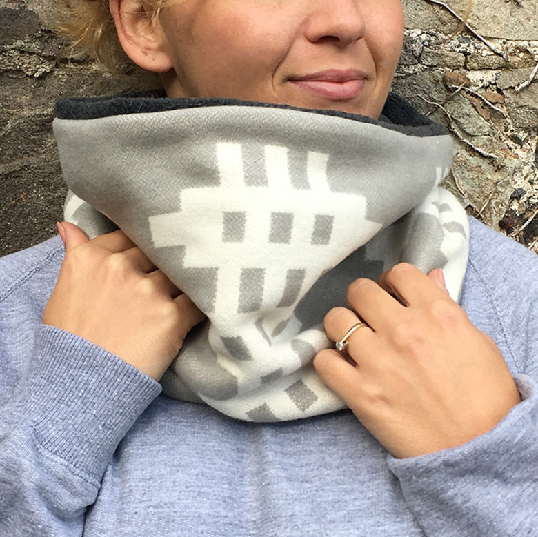 Welsh blanket snood scarf - charcoal lining