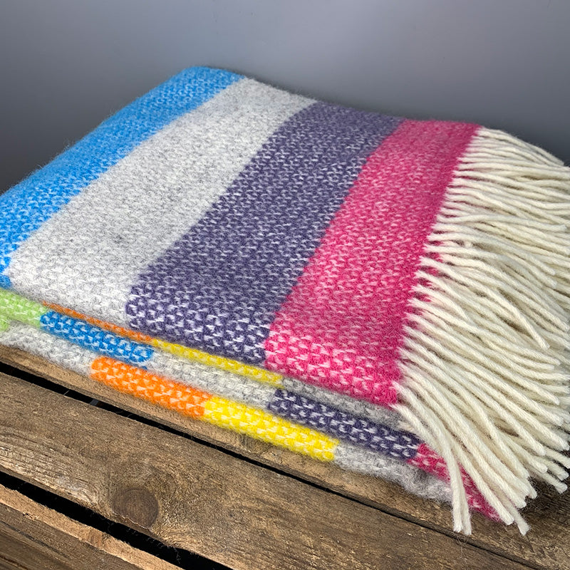 Wool illusion stripe Welsh throw - tutti