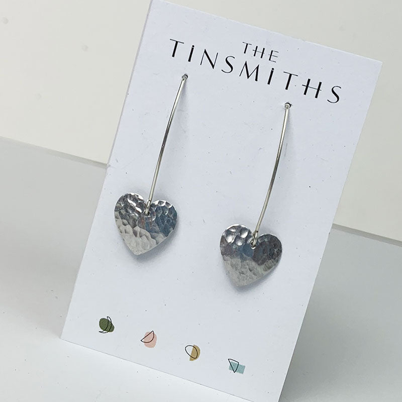 Round heart earwires - hammered aluminium