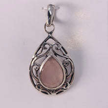 Load image into Gallery viewer, Pendant - Rose Quartz