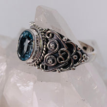Load image into Gallery viewer, Ring - Blue Topaz Size 8