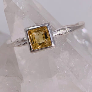 Ring - Citrine Size 6
