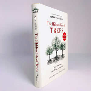 The Hidden Life of Trees (Hardcover)