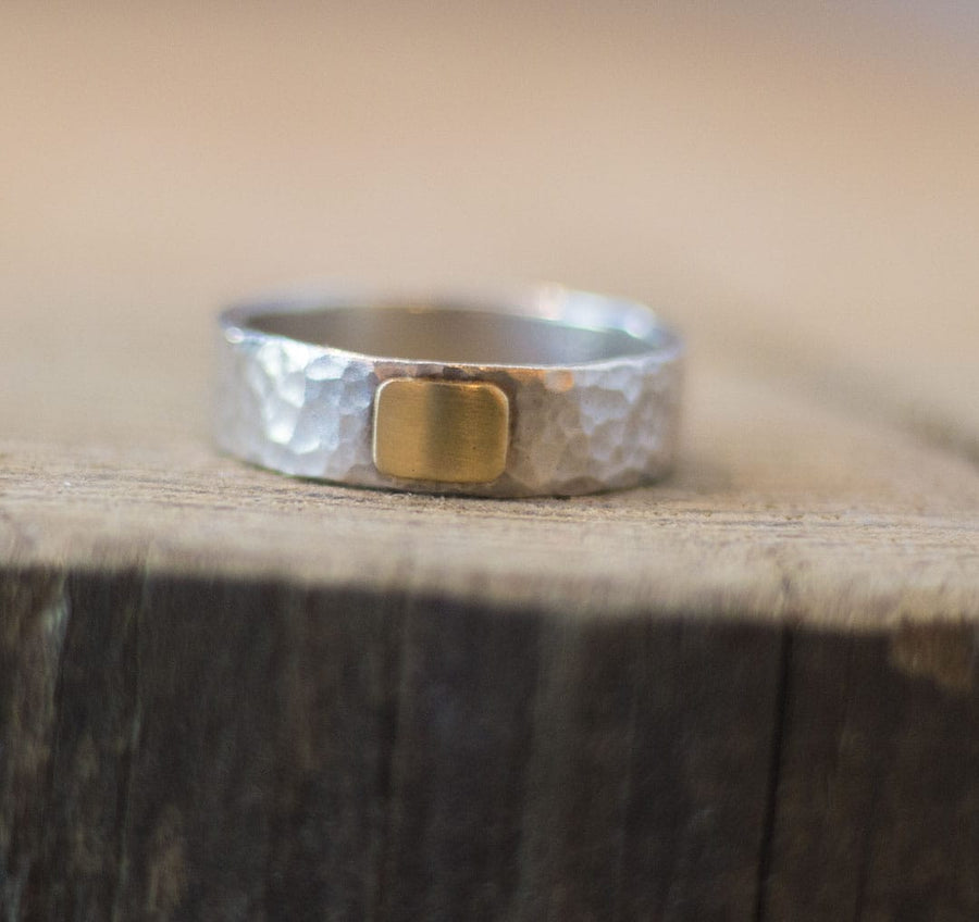 MODERN MEN'S STERLING WEDDING BAND