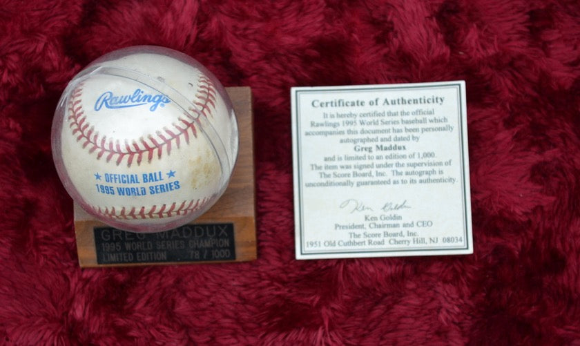 Greg Maddux Autographed Baseball with Certificate of Authenticity