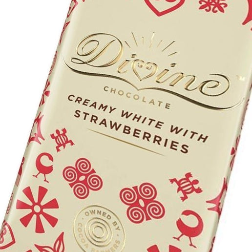 Divine Creamy White Chocolate Bar With Strawberries 90 grams
