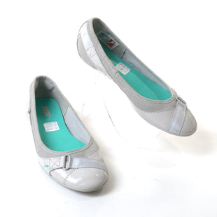 Primary Photo - BRAND: PUMA STYLE: SHOES FLATS COLOR: GREY SIZE: 7 SKU: 293-29311-30427