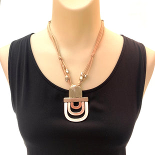 Primary Photo - BRAND: CHICOS STYLE: NECKLACE COLOR: GOLD SKU: 293-29347-429