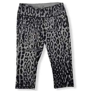 Primary Photo - BRAND: ZELLA STYLE: ATHLETIC CAPRIS COLOR: GREY SIZE: M OTHER INFO: LEOPARD PRINT SKU: 293-29312-26056
