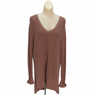 Primary Photo - BRAND:    CLOTHES MENTOR STYLE: SWEATER HEAVYWEIGHT COLOR: TAUPE SIZE: S OTHER INFO: KAISLEY - SKU: 293-29344-2580
