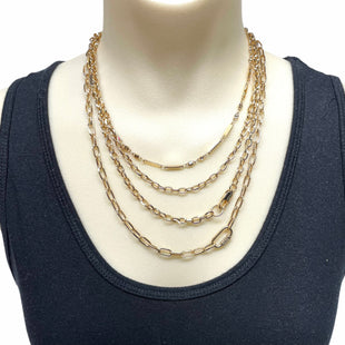 Primary Photo - BRAND:    CLOTHES MENTOR STYLE: NECKLACE  SKU: 293-29311-35409
