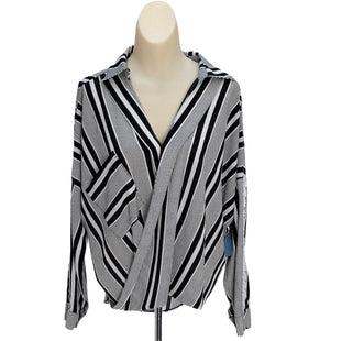 Primary Photo - BRAND: GIANNI BINI STYLE: TOP LONG SLEEVE COLOR: BLACK WHITE SIZE: S SKU: 293-29344-2545