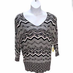 Primary Photo - BRAND: LANE BRYANT STYLE: TOP LONG SLEEVE COLOR: BLACK WHITE SIZE: 16 SKU: 293-29312-25809