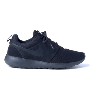 Primary Photo - BRAND: NIKE STYLE: SHOES ATHLETIC COLOR: BLACK SIZE: 8.5 OTHER INFO: ROSHE ONE SKU: 293-29344-3189