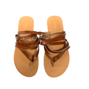 Primary Photo - BRAND: LANE BRYANT STYLE: SANDALS FLAT COLOR: BROWN SIZE: 11 SKU: 293-29312-32118