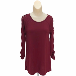 Primary Photo - BRAND:    CLOTHES MENTOR STYLE: TOP LONG SLEEVE COLOR: MAROON SIZE: S OTHER INFO: LILYPAD - SKU: 293-29311-29534
