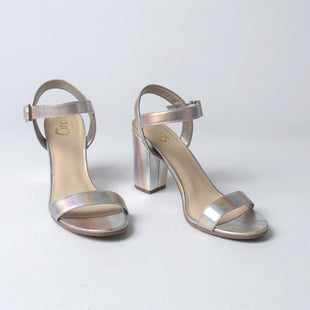 Primary Photo - BRAND: CIRCUS BY SAM EDELMAN STYLE: SHOES HIGH HEEL COLOR: SILVER SIZE: 8 SKU: 293-29312-23837