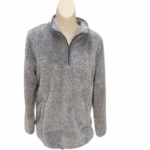 Primary Photo - BRAND: ST JOHNS BAY STYLE: ATHLETIC TOP COLOR: GREY SIZE: M SKU: 293-29344-2382