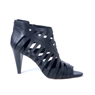 Primary Photo - BRAND: VINCE CAMUTO STYLE: SHOES HIGH HEEL COLOR: BLACK SIZE: 12 SKU: 293-29312-30822