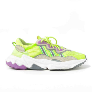 Primary Photo - BRAND: ADIDAS STYLE: SHOES ATHLETIC COLOR: CHARTREUSE SIZE: 8.5 SKU: 293-29311-32677